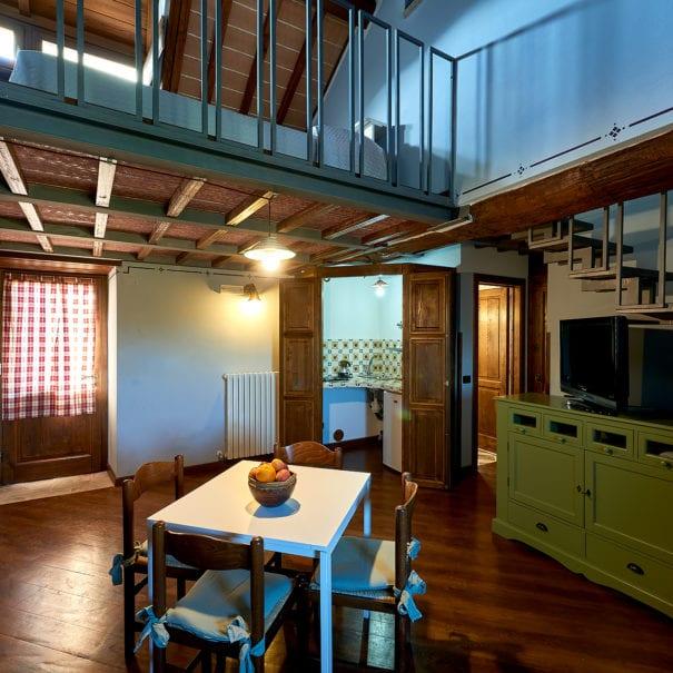 Intimità e gusto nell'appartamento Mansarda Ovest del Castrum Resort Umbria!